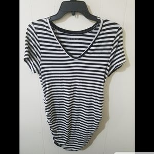 A Pea In The Pod Large stripped shirt